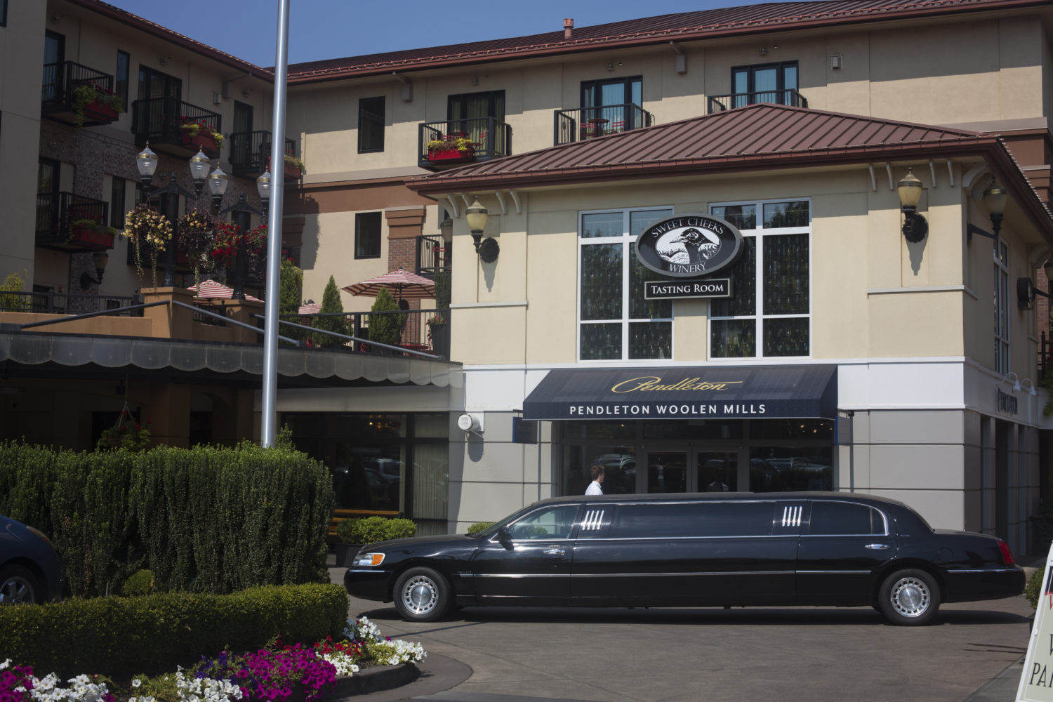 Limo Hotel Transportation
